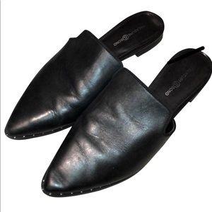 Treasure & Bond NWOT Black Leather Mule